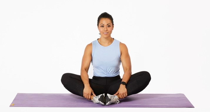 Seated Hip Stretch to UNLOCK YOUR HIP Flexors