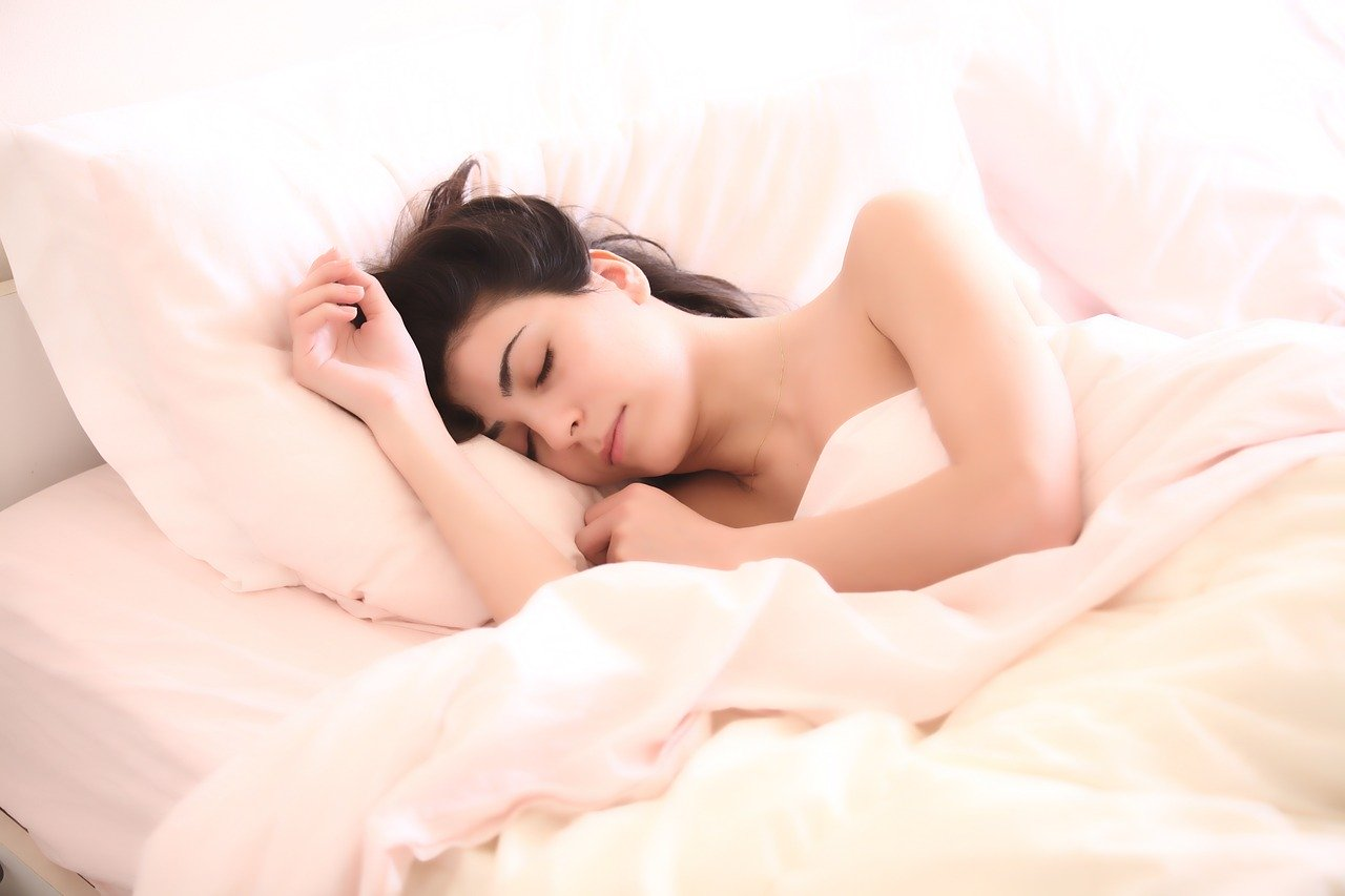 Get into deep sleep to lose weight without diet or exercise